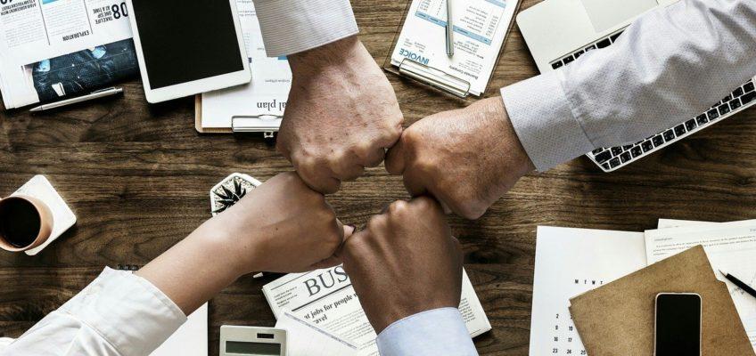 ¿Por qué son importantes las reuniones laborales?