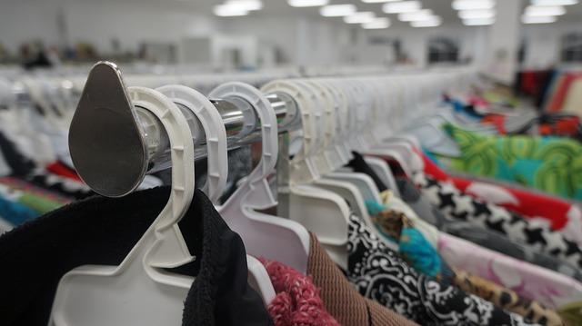 Cómo comprar ropa sin gastar tanto dinero